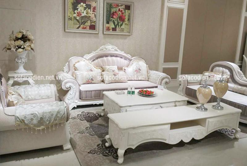 Mẫu sofa cổ điển tại Showroom Nội Thất Nhập Khẩu