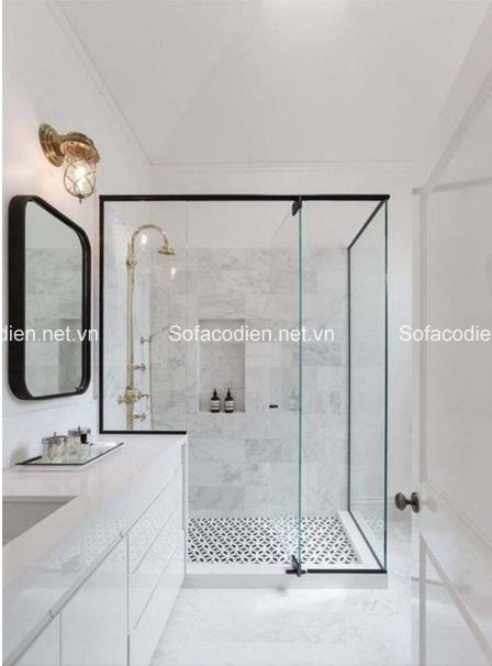 Phòng tắm rất hợp với gạch màu trắng